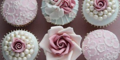 1-pastel-cupcake-flower-icing